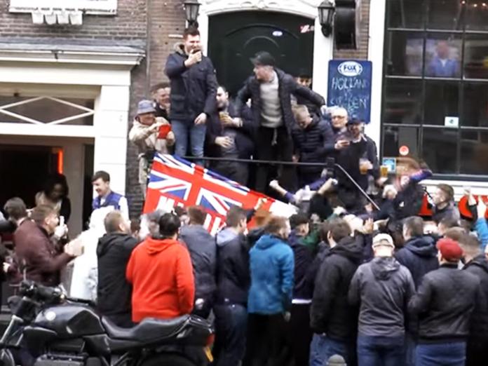 ЧМ-2018: полиция Англии предрекает своим фанатам российские тюрьмы. 14589.jpeg