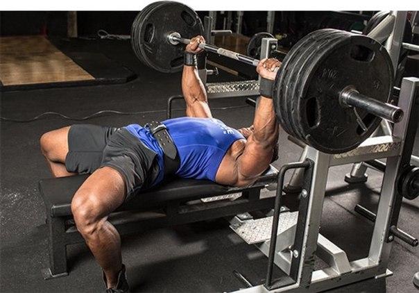 Как увеличить веса в упражнении жим лежа?