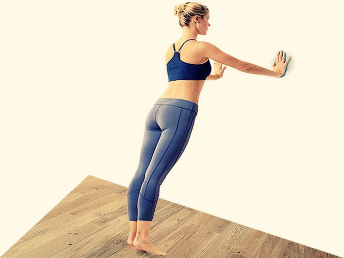 Встать к стене: упражнение для укрепления мышц груди. 14694.jpeg