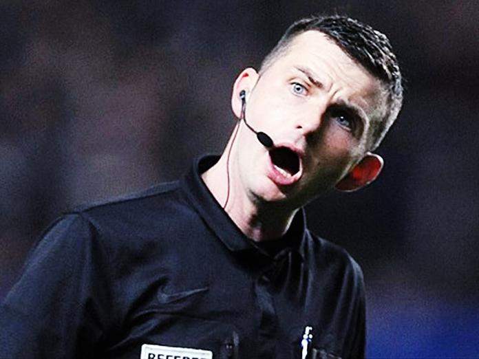 В Британии полиция взяла под охрану футбольного арбитра. 14735.jpeg