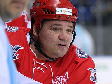 Хоккей с кулаками: глава профсоюза КХЛ отправил арбитра в нокаут