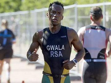 Триатлонисту из ЮАР едва не отпилили ноги бензопилой