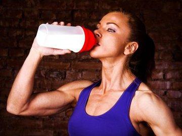 Порция протеина зависит от типа тренировки, а не массы атлета