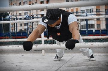 Пять способов усложнить тренировку с собственным весом