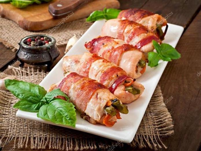 Куриное филе в беконе в духовке: лучший рецепт