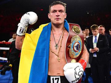 Украинский боксер Александр Усик отказался от боя в России
